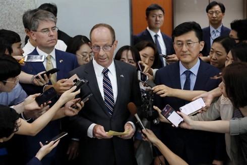 Trợ lý Ngoại trưởng Mỹ David Stilwell mạnh mẽ lên án các hành động bất hợp pháp của Trung Quốc trên Biển Đông