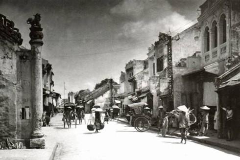 Phố Hàng Bạc, đất tổ nghề kim hoàn của Thăng Long - Hà Nội