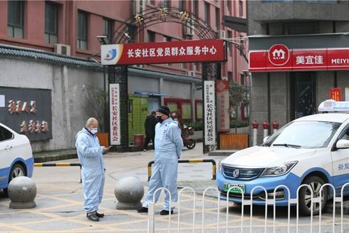 Thành phố Vũ Hán hiện có 6.000 taxi phục vụ đưa đồ ăn và hàng hóa cho các cư dân