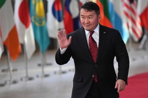 Tổng thống Mông Cổ thực hiện chế độ cách ly theo dõi dịch Covid-19 từ ngày 27-2