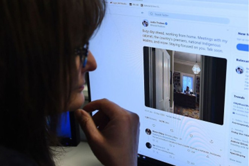 Chuyên gia WHO khuyến cáo người dùng mạng xã hội không truyền bá thông tin về Covid-19 từ nguồn tin không đáng tin cậy