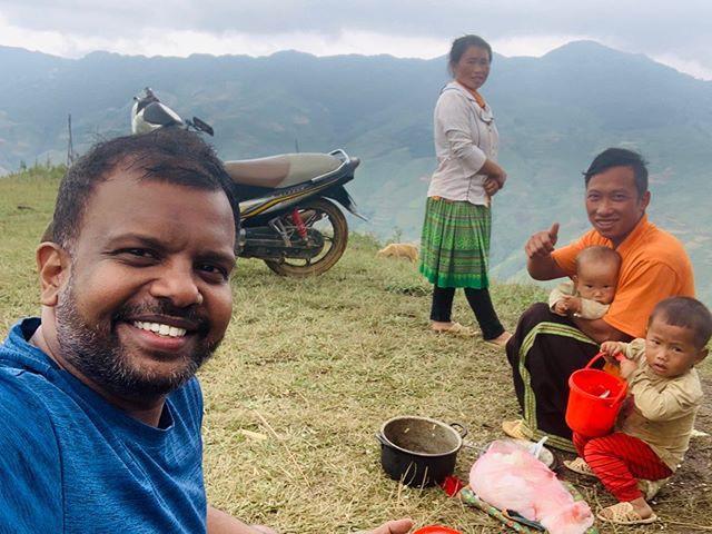 Prabu Mohan trong một chuyến đi vùng cao Tây Bắc