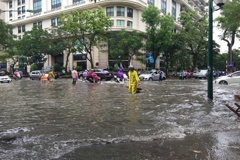 Hà Nội còn nhiều điểm ngập cố hữu trong mùa mưa ảnh 1