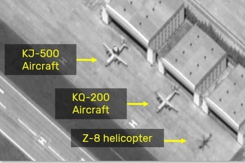 Hình ảnh vệ tinh của ISI cho thấy Trung Quốc hồi tháng 5 vừa qua đã triển khai nhiều loại máy bay trinh sát đến đá Chữ Thập thuộc quần đảo Trường Sa của Việt Nam đang bị Trung Quốc chiếm đóng