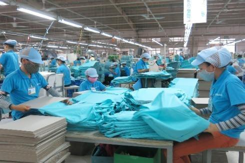 Tạo điều kiện phát triển sản xuất, kinh doanh, gia tăng đầu tư công, phục hồi sản xuất sau đại dịch Covid-19 là một trong những vấn đề được Chính phủ đặt lên hàng đầu. Ảnh: LAM THANH