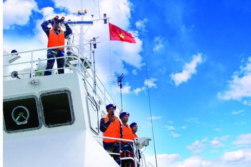 Cảnh sát biển Việt Nam tuần tra trên vùng biển Tổ quốc