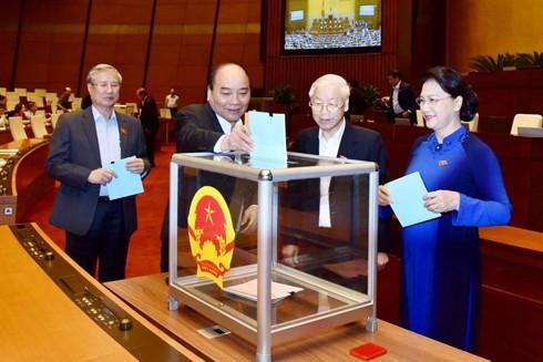 Việc giới thiệu, lựa chọn bầu những ĐBQH và đại biểu HĐND phải đảm bảo đúng quy trình