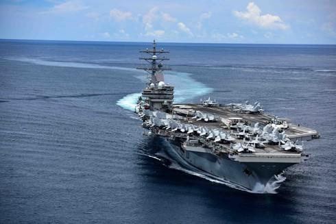 Mỹ được cho sẽ gia tăng mạnh hơn các hoạt động tuần tra ở Biển Đông để gây áp lực với Trung Quốc sau tuyên bố bác bỏ yêu sách chủ quyền của Trung Quốc ở vùng biển này