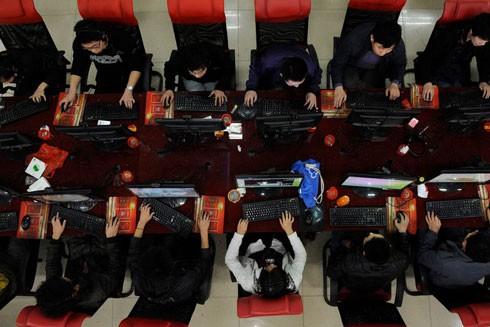 Với số người dùng Internet đứng đầu thế giới, Trung Quốc cũng công nhận nghiện internet là một dạng rối loạn tâm thần