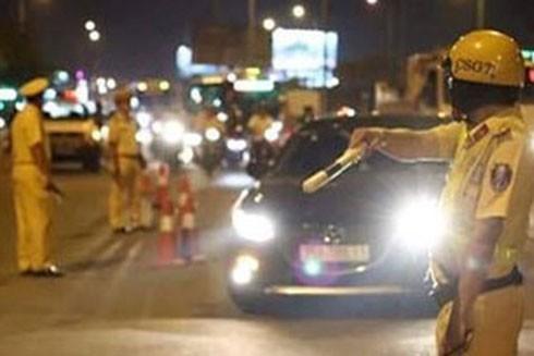 CSGT tuần tra kiểm soát, xử lý vi phạm góp phần bảo đảm trật tự an toàn giao thông
