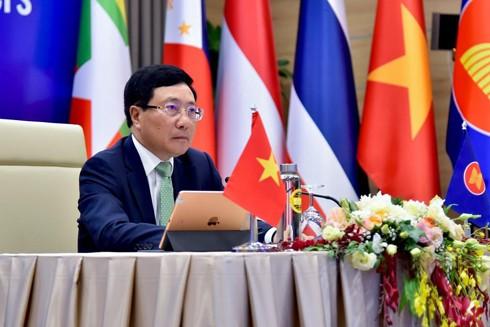 Phó Thủ tướng, Bộ trưởng Ngoại giao Phạm Bình Minh tại lễ khai mạc Hội nghị không chính thức Bộ trưởng Ngoại giao ASEAN
