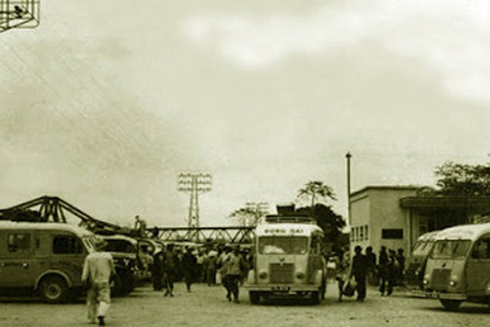 Những chiếc xe buýt đầu tiên của Hà Nội ảnh 3