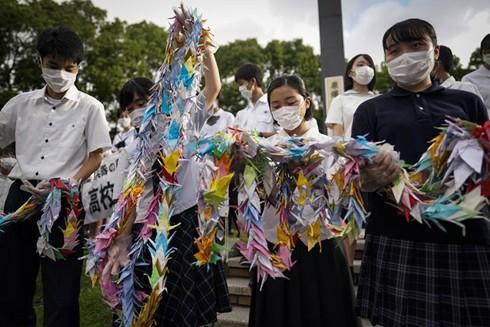 Nhật Bản: Nagasaki tổ chức lễ tưởng niệm 75 năm Mỹ ném bom nguyên tử ảnh 1