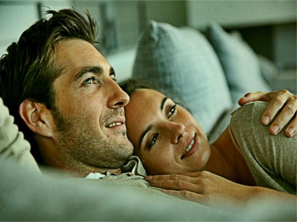 Vì sao phụ nữ thích được ôm ấp? ảnh 1