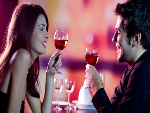 7 nguyên tắc hẹn hò qua mạng mọi phụ nữ cần biết ảnh 1