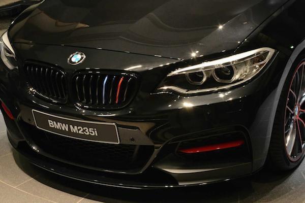 BMW làm mới M235i Coupe bằng gói nâng cấp M Performance ảnh 3