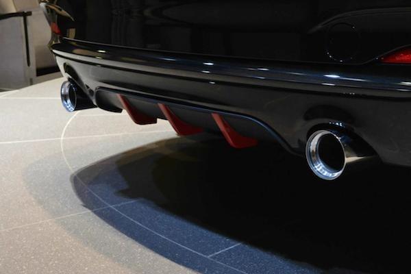 BMW làm mới M235i Coupe bằng gói nâng cấp M Performance ảnh 4