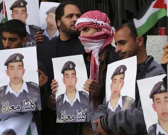 Tất cả người dân Jordan đều phẫn nộ trước hành động tử hình viên phi công một cánh dã man của IS