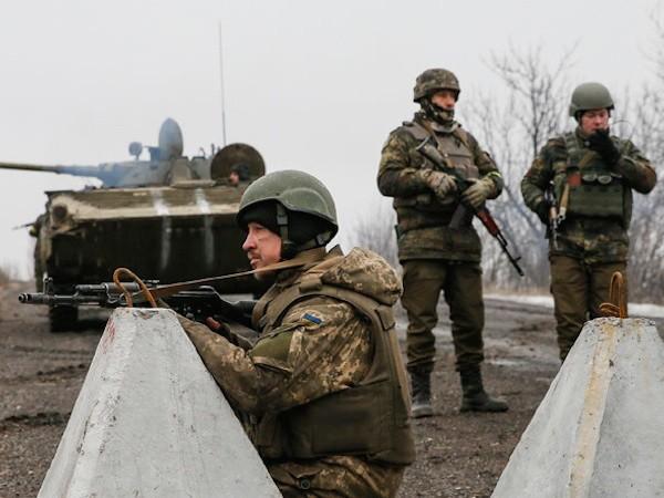 EU muốn đợi kết quả của cuộc họp tại Minsk vào 11-2 tới để quyết định mở rộng thêm trừng phạt Nga, hay không.