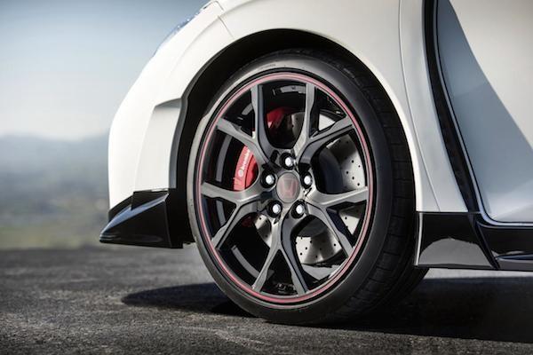 Trục la-zăng hợp kim 19 inch độc quyền trên Civic Type R