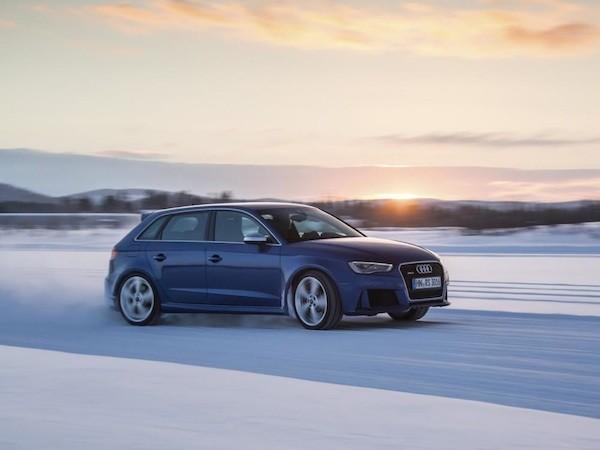 Chiêm ngưỡng những hình ảnh mới của Audi RS3 Sportback ảnh 1