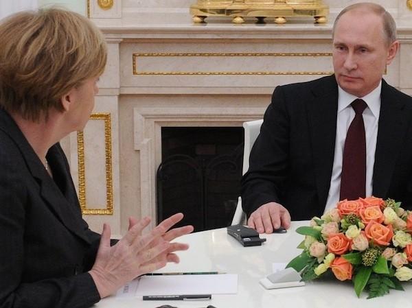 Lãnh đạo Nga, Đức, Ukraine hứa sẽ duy trì liên lạc bằng nhiều cách khác nhau
