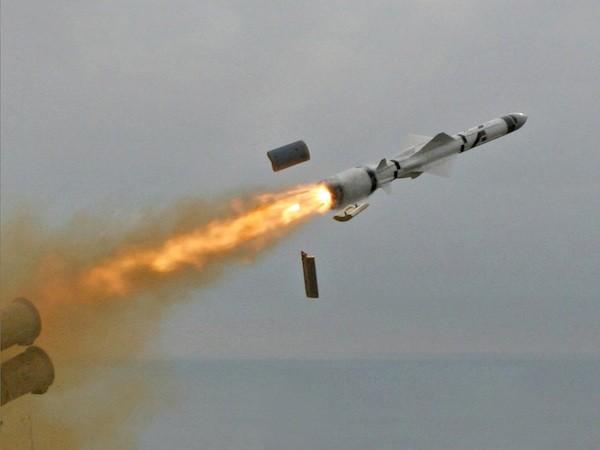 Loại nhiên liệu mới sẽ tăng tốc tên lửa Nga lên tốc độ Mach 5