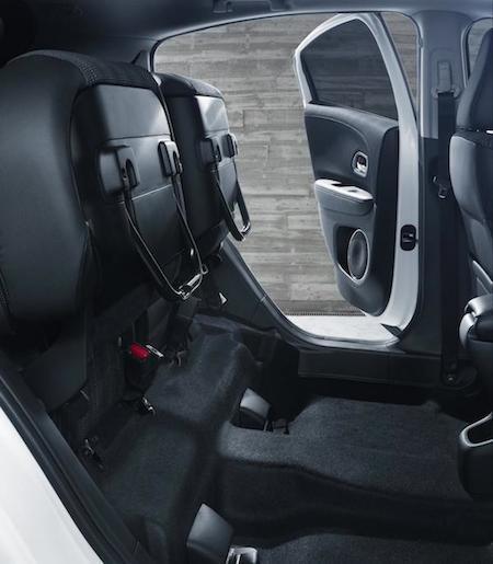 Honda HR-V 2015: Rộng rãi và tiện lợi ảnh 8