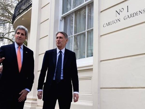 Mỹ-Anh cân nhắc tăng cường trừng phạt lên Nga ảnh 1