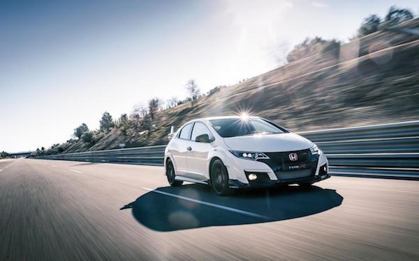 Honda Civic Type R 2015: Kiểu dáng thể thao, động cơ mạnh mẽ ảnh 5