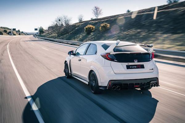 Honda Civic Type R 2015: Kiểu dáng thể thao, động cơ mạnh mẽ ảnh 4