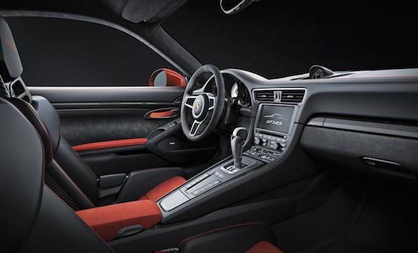 Porsche 911 GT3 RS: Giảm trọng lượng, tăng sức mạnh ảnh 3