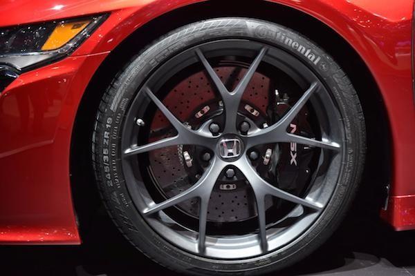 """Chiêm ngưỡng Honda NSX """"toả sáng"""" tại triển lãm ôtô Geneva ảnh 5"""