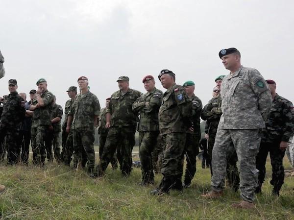 NATO đang tăng cường sức mạnh để đề phòng mối đe doạ từ Nga