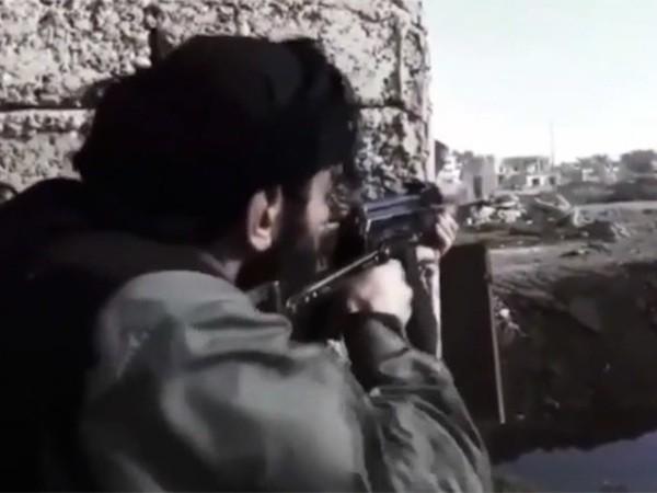 IS cũng mới khởi động một chiến dịch trên Twitter kêu gọi tấn công vào nước Mỹ