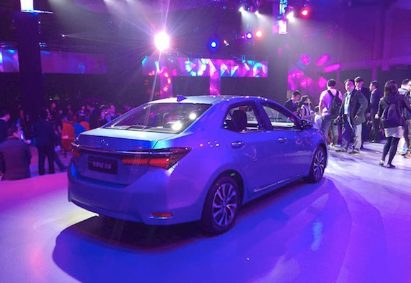 Toyota Altis Hybrid xuất hiện với nhiều điểm mới mẻ