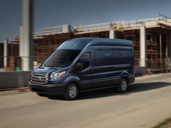 Ford chính thức trình làng mẫu xe Transit 2016 mới
