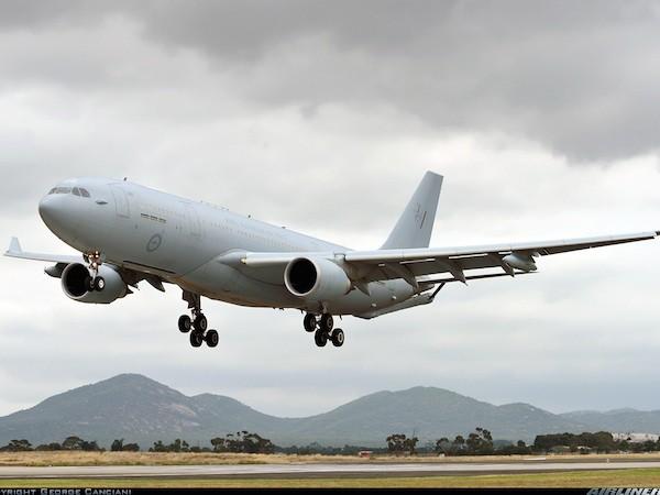 Máy bay tiếp nhiên liệu KC-30A