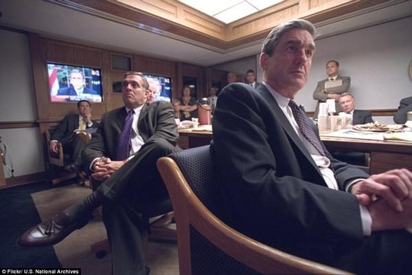 Chùm ảnh chưa từng công bố về phản ứng của nhà Trắng sau vụ khủng bố 11-9 ảnh 17