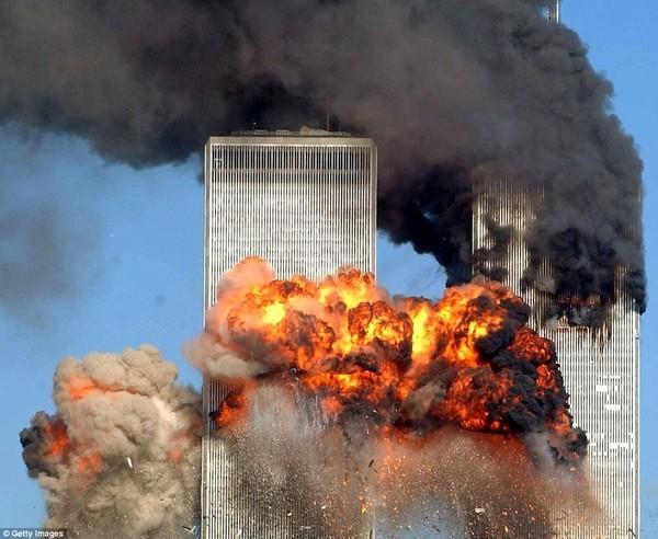 Chùm ảnh chưa từng công bố về phản ứng của nhà Trắng sau vụ khủng bố 11-9 ảnh 18