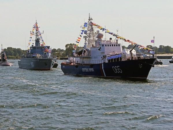Nga thay đổi chính sách vì tình hình chính trị quốc tế và muốn trở thành một cường quốc hàng hải trên thế giới