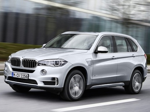 BMW sắp ra mắt phiên bản SUV X7 siêu sang trọng? ảnh 1