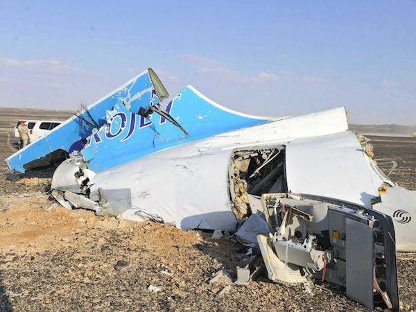 Chùm ảnh hiện trường vụ rơi máy bay Nga tại Ai Cập ảnh 3