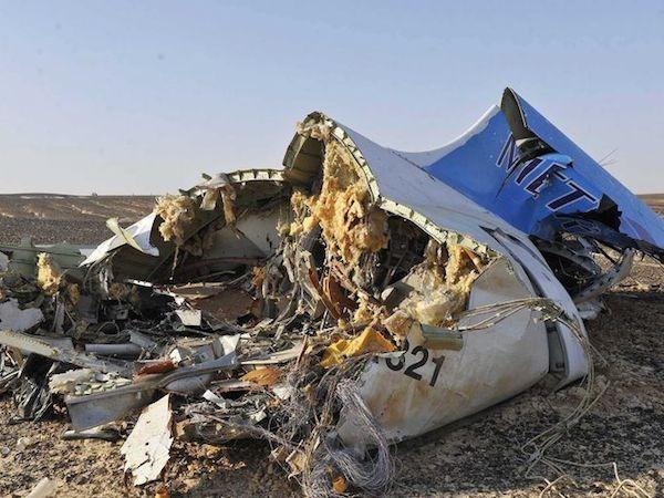 Chùm ảnh hiện trường vụ rơi máy bay Nga tại Ai Cập ảnh 5