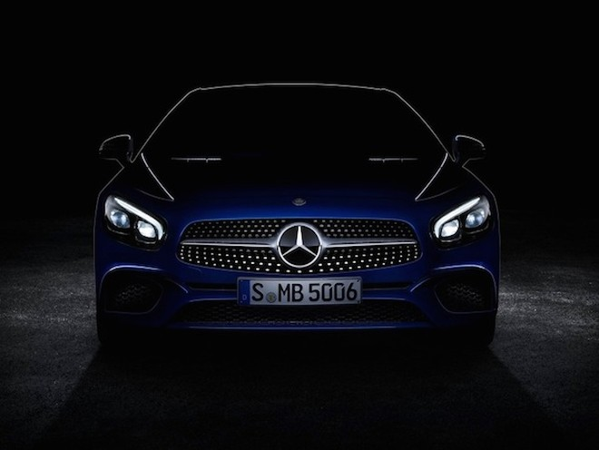 """Mercedes-Benz """"nhử"""" fan bằng teaser bí ẩn của SL Roadster ảnh 1"""