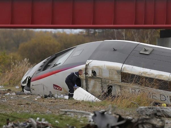 Tàu cao tốc Pháp trật bánh, 5 người thiệt mạng