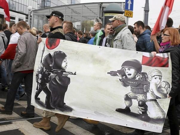 Ba Lan lo sợ những kẻ khủng bố có thể trà trộn vào dòng người tị nạn