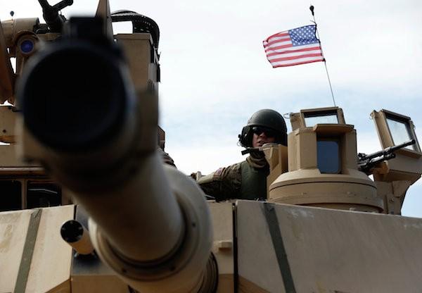 Xe tăng M1A2 là do General Dynamics chế tạo
