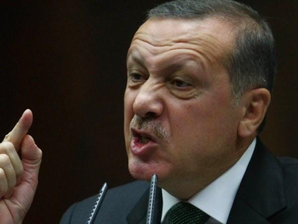 Tổng thống Thổ Nhĩ Kỳ Recep Tayyip Erdogan cảnh báo Nga đang đùa với lửa