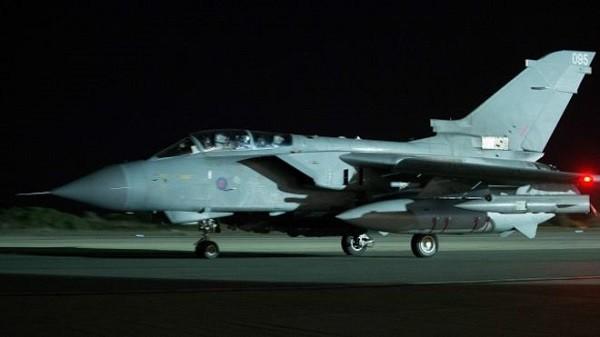4 chiến đấu cơ Tornado của RAF đã tham gia vào cuộc không kích đầu tiên